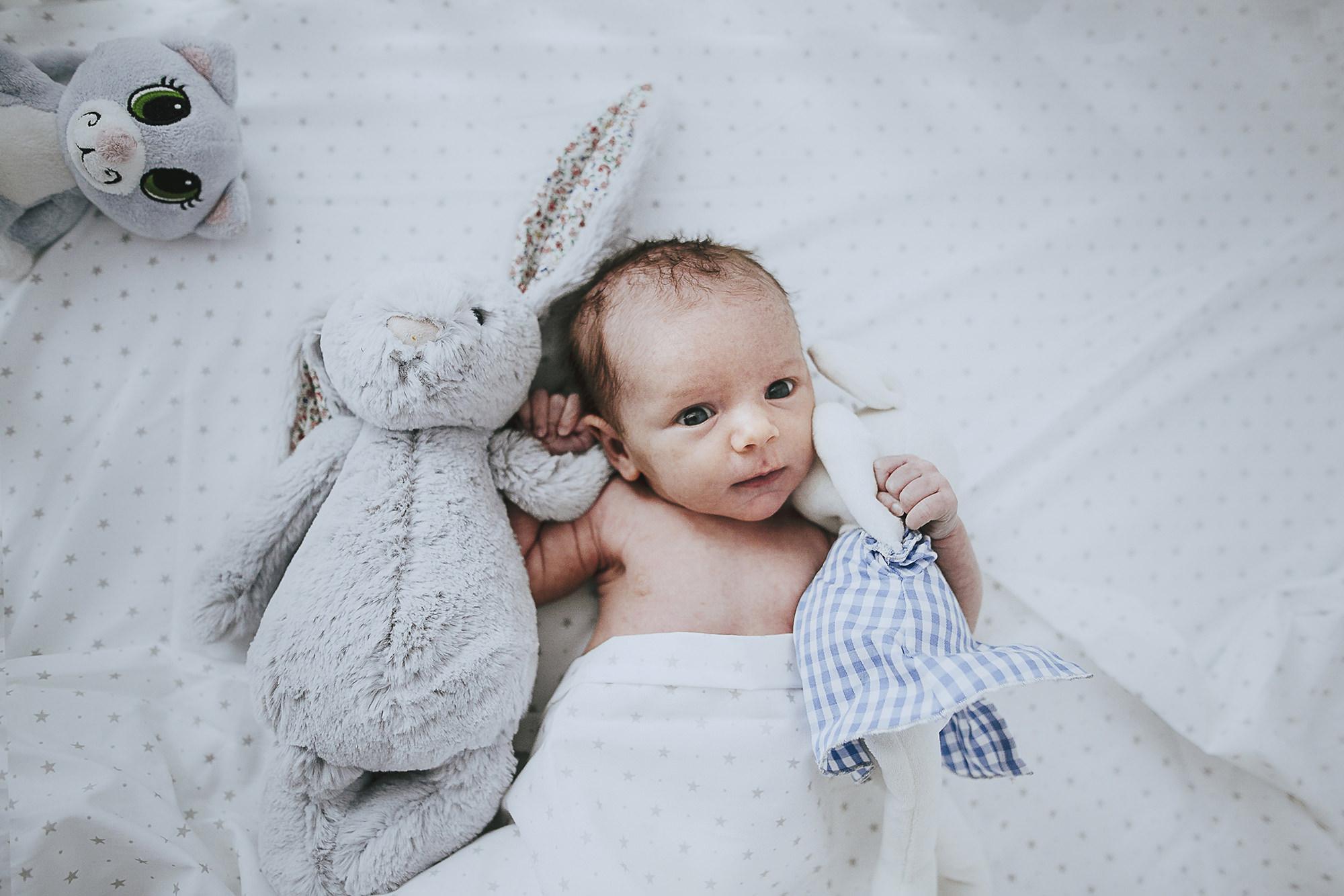 Noa, cumple 10 días. Sesión de recién nacido. Bebé.